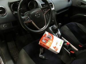 Установка сигнализации на Opel Meriva 2012г
